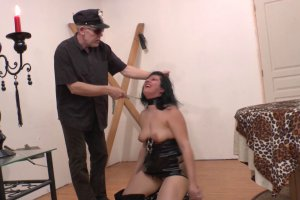 Kalista Carra aime le sexe vraiment extrême