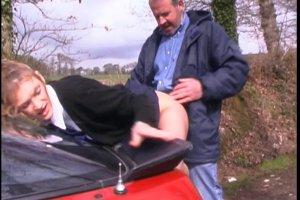 La grosse bite du taxi dans le cul