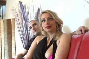 La libertine Tatiana Deville tente l'expérience du film de cul