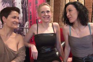 Trois lesbiennes se tapent une bonne bite pour changer